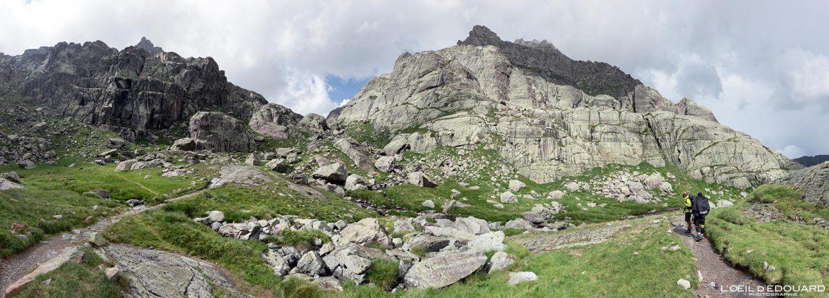 Vallée des Merveilles - Massif du Mercantour Alpes-Maritimes Provence-Alpes-Côte d'Azur / Paysage Montagne Randonnée Trek Outdoor Landscape Mountain Hike Hike Trekking