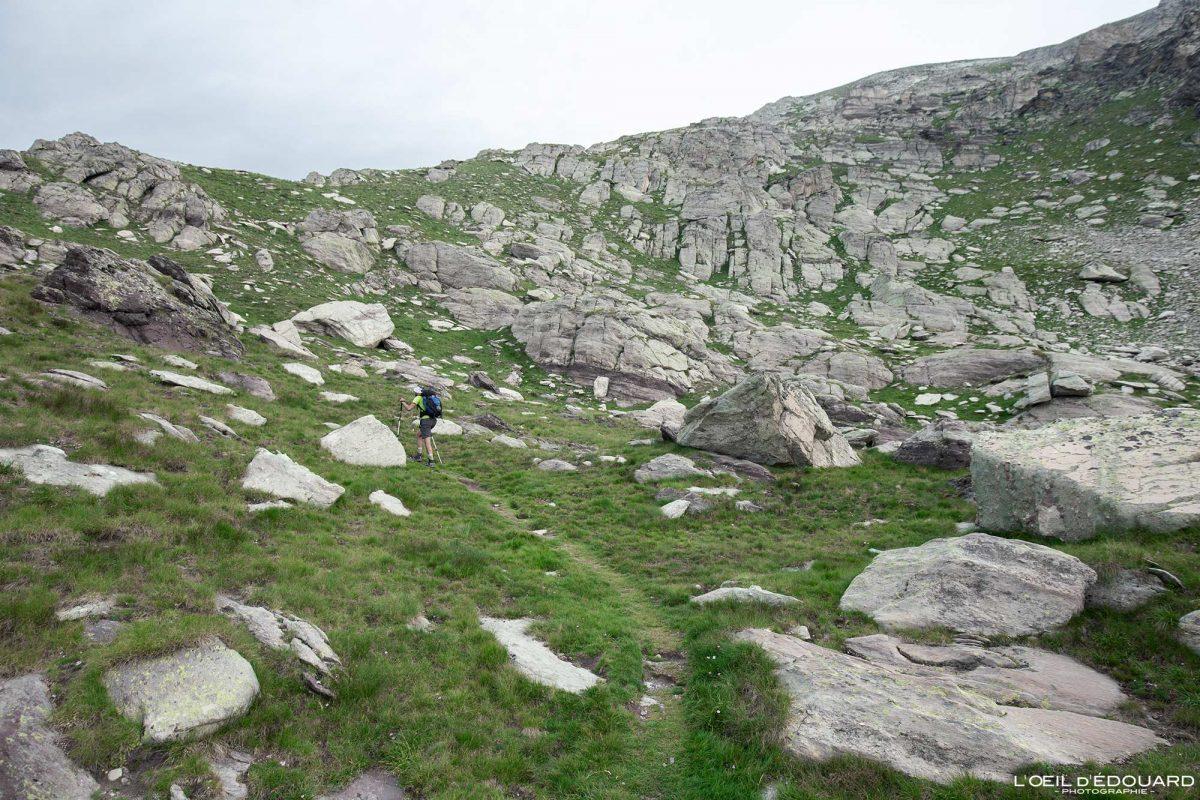 Sentier de randonnée Mont Bégo Vallée des Merveilles - Massif du Mercantour Alpes-Maritimes Provence-Alpes-Côte d'Azur / Paysage Montagne Trek Outdoor Landscape Mountain Hike Hike Trekking