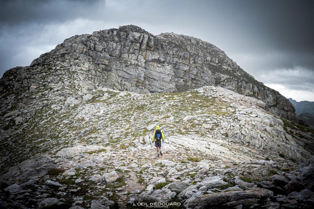 Sommet du Mont Bégo - Vallée des Merveilles - Massif du Mercantour Alpes-Maritimes Provence-Alpes-Côte d'Azur / Paysage Randonnée Montagne Trek Outdoor Landscape Mountain summit Hike Hike Trekking