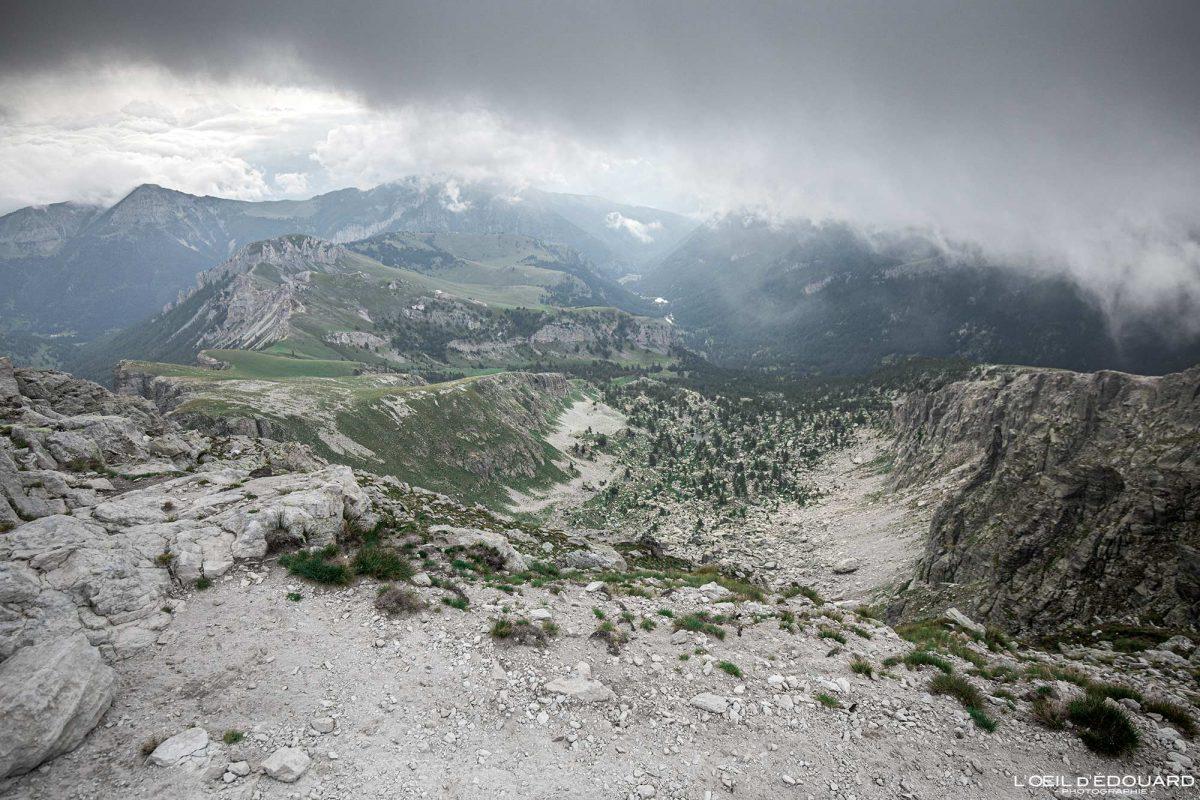 Valauretta vue depuis Sommet du Mont Bégo Vallée des Merveilles - Massif du Mercantour Alpes-Maritimes Provence-Alpes-Côte d'Azur / Paysage Montagne Randonnée Trek Outdoor Landscape Mountain summit Hike Hike Trekking