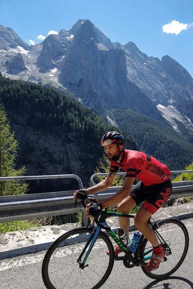 Marmolada Paysage Montagne Dolomites Alpes Vélo Cyclisme Col de Fedaia Italie Italian Alps Road Mountain Landscape Italy cyclism ciclismo Passo Fedaia Dolomiti Italia