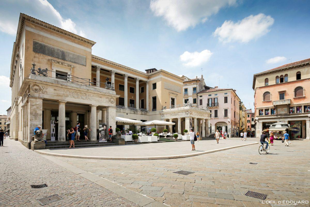 Caffè Pedrocchi, Padoue Italie - Piazzetta Cappellato Pedrocchi Padova Italia Italy architecture