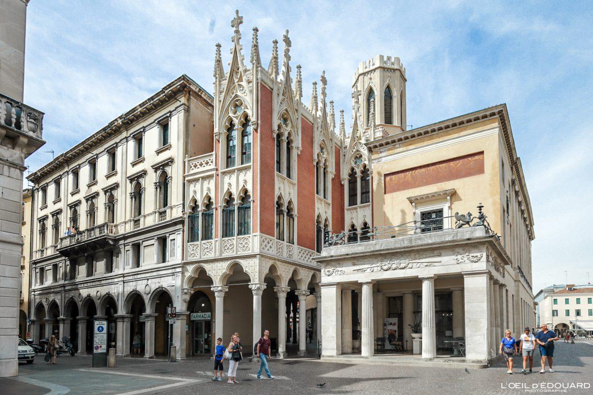 Caffè Pedrocchi, Padoue Italie - Via Guglielmo Oberdan Padova Italia Italy gothic architecture gothique