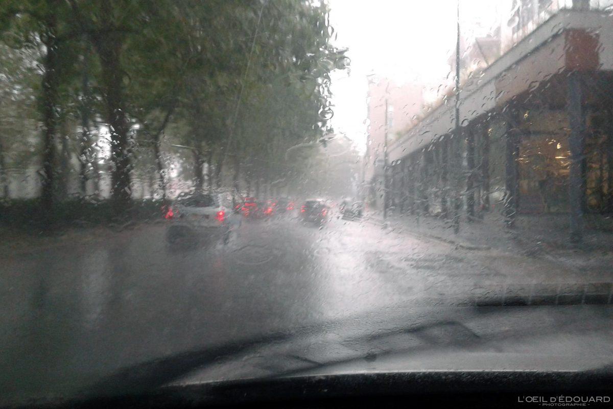 Route sur la pluie Milan Italie du Nord Lombardie - Lombardia Italia Milano Italy rain