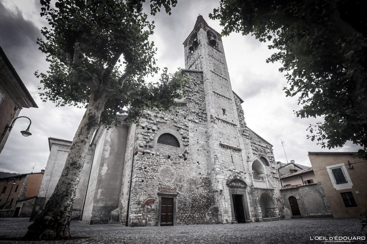 Église Iseo Lombardie Italie du Nord - Pieve di Sant'Andrea Iseo Lombardia Italia North Italy church architecture
