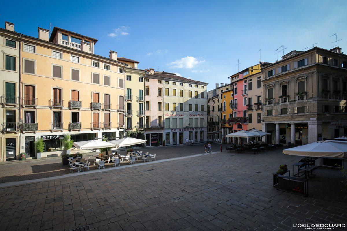 Place Vicence Italie Vénétie - Piazza delle Erbe Vicenza Italia Veneto Italy Italian place architecture