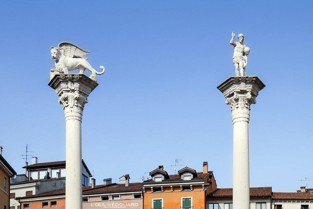 Colonnes Lion Ailé et Christ Vicence Italie Vénétie - Colonne Piazza dei Signori Vicenza Italia Veneto Italy Italian place