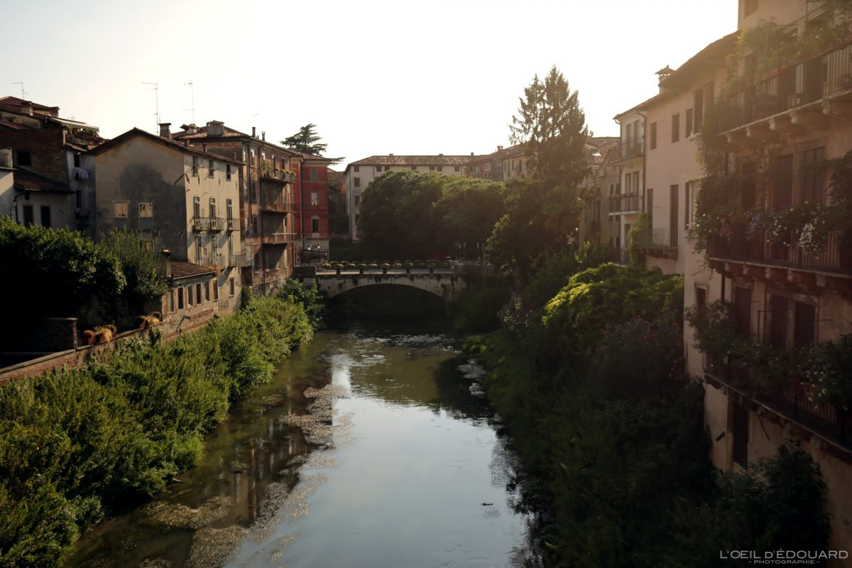 Fiume Retrone Vicenza Italia Veneto Italy sunset light cityscape river - rivière Vicence Itlaie Vénétie