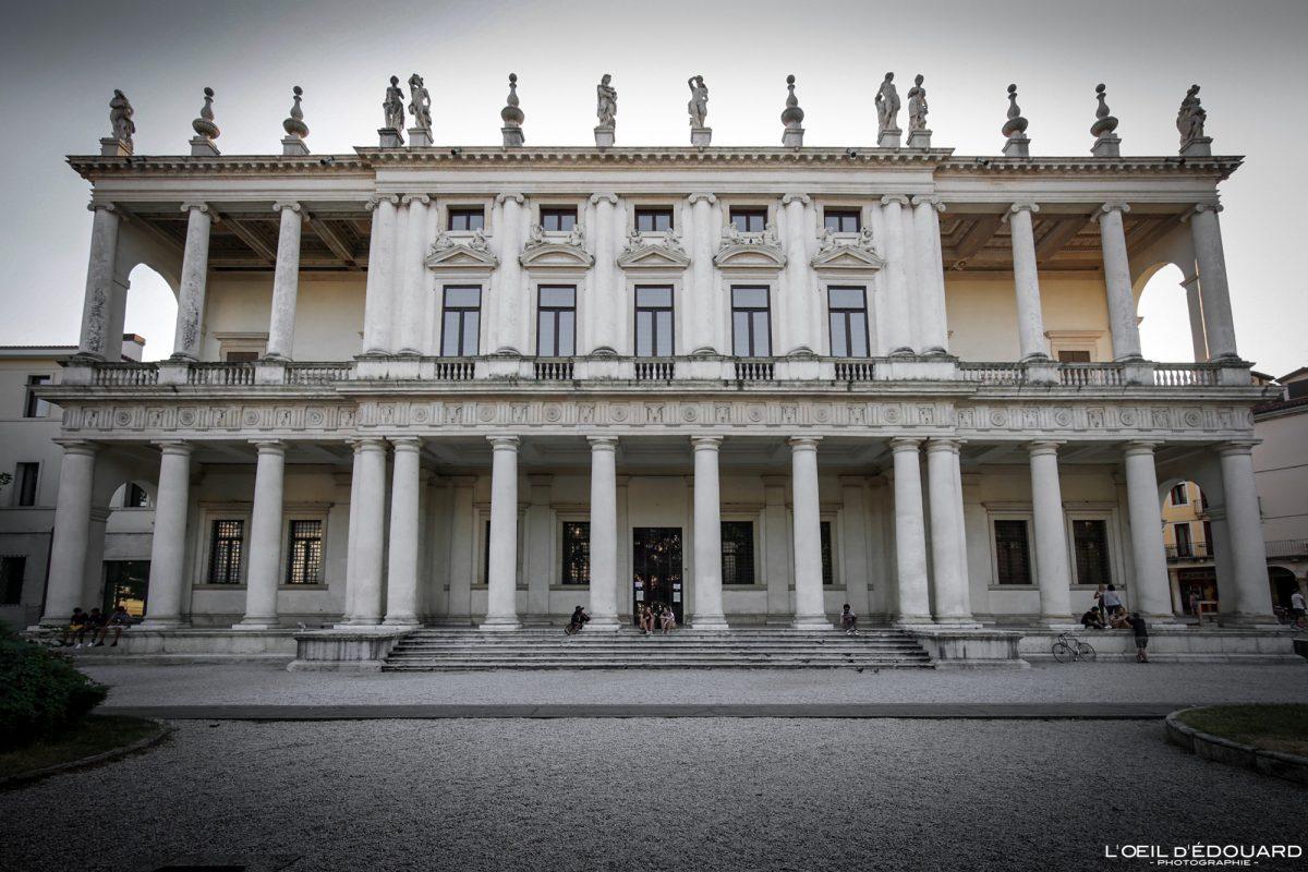 Bâtiment Palais Vicence Italie Vénétie - Palazzo Chiericati Vicenza Italia Veneto Italy building architecture Andrea Palladio