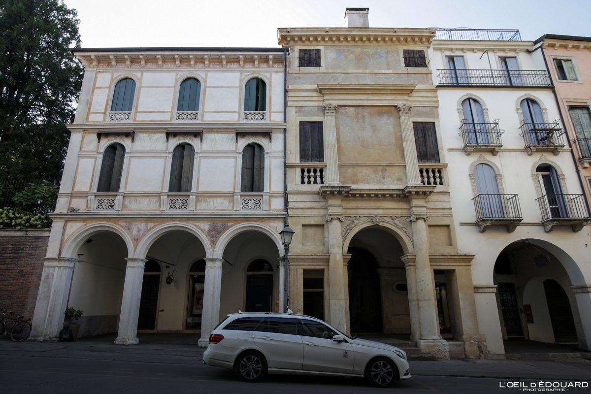 Bâtiment Vicence Italie Vénétie - Casa Cogollo Vicenza Italia Veneto Italy building architecture Andrea Palladio