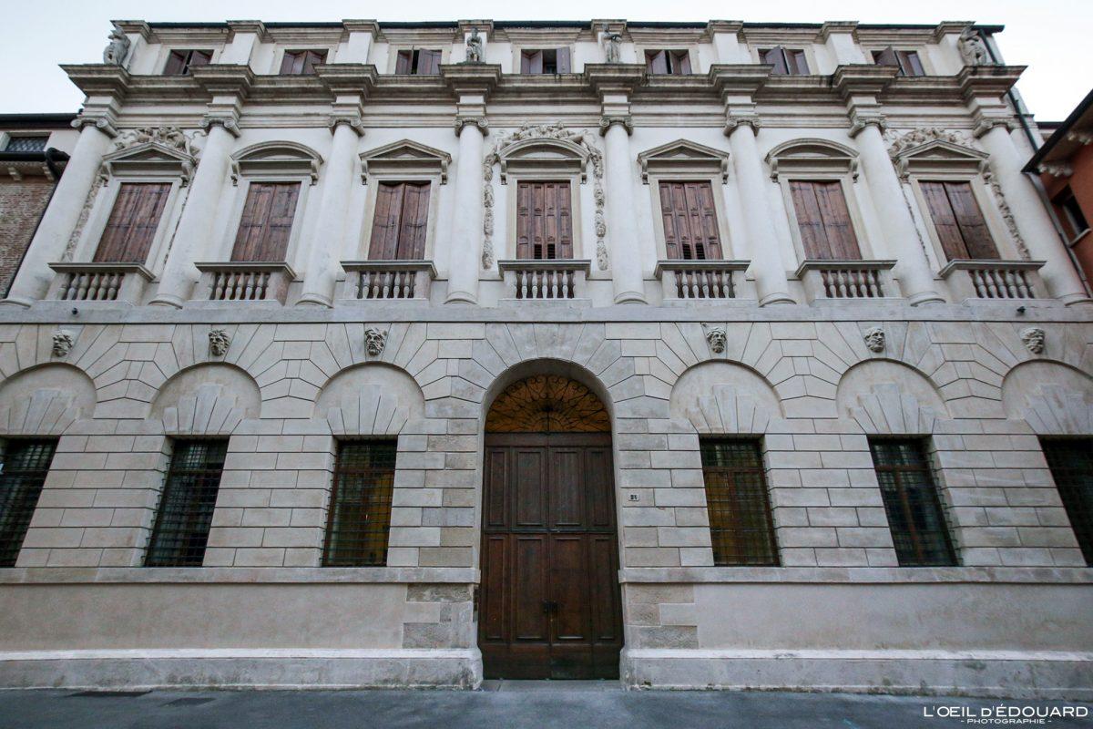 Bâtiment Palais Vicence Italie Vénétie - Palazzo Iseppo da Porto Vicenza Italia Veneto Italy building architecture Andrea Palladio