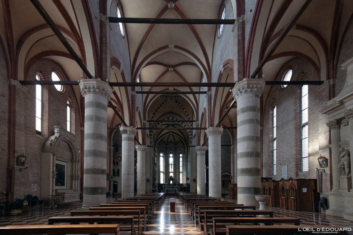 Nef Eglise Vicence Italie Vénétie - Chiesa San Lorenzo di Vicenza Italia Veneto Italy church