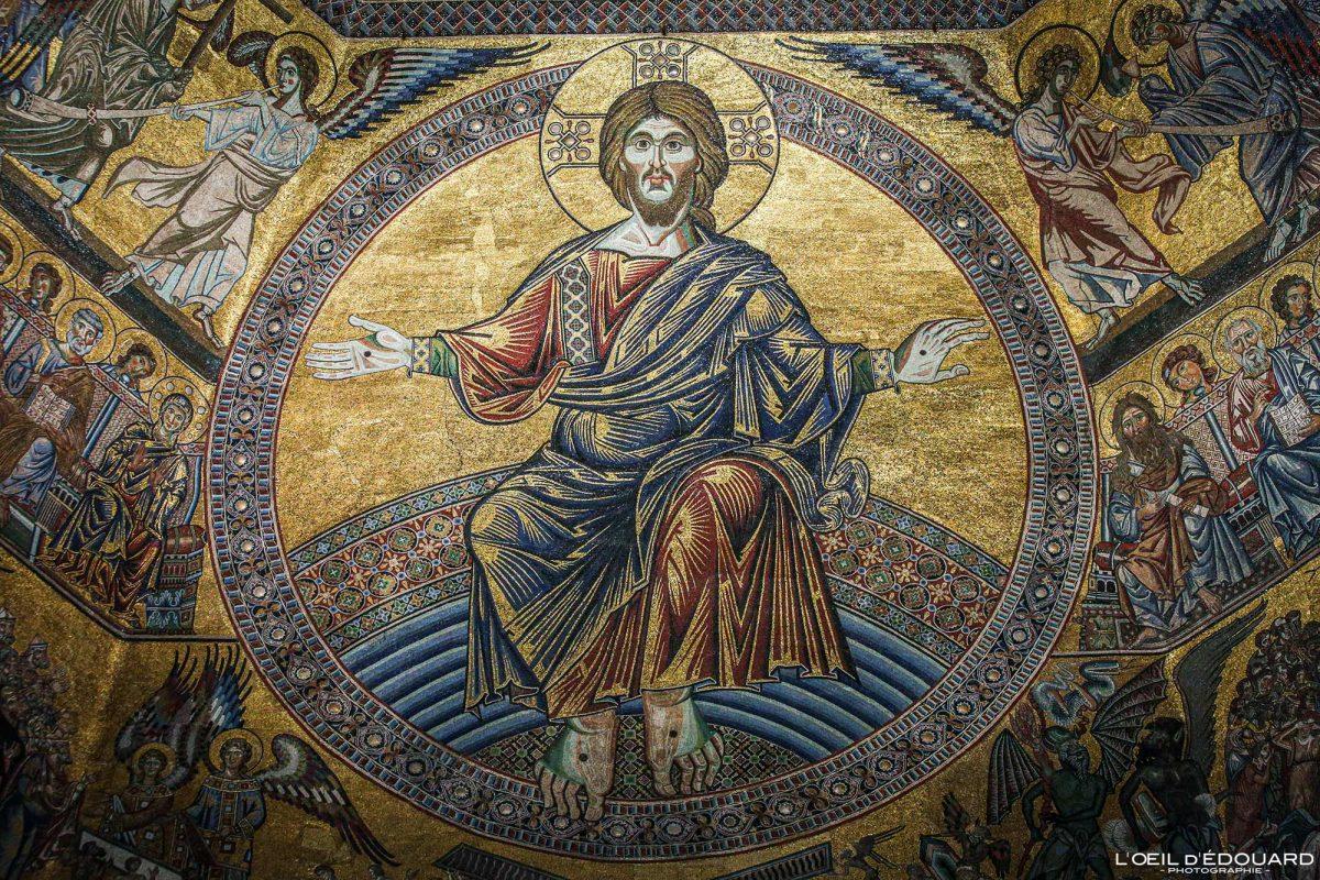 Jesus Christ Mosaïque plafond Baptistère de Saint-Jean Florence Toscane Italie - Battistero di San Giovanni Firenze Toscana Italia city Tuscany Italy mosaic art ceiling