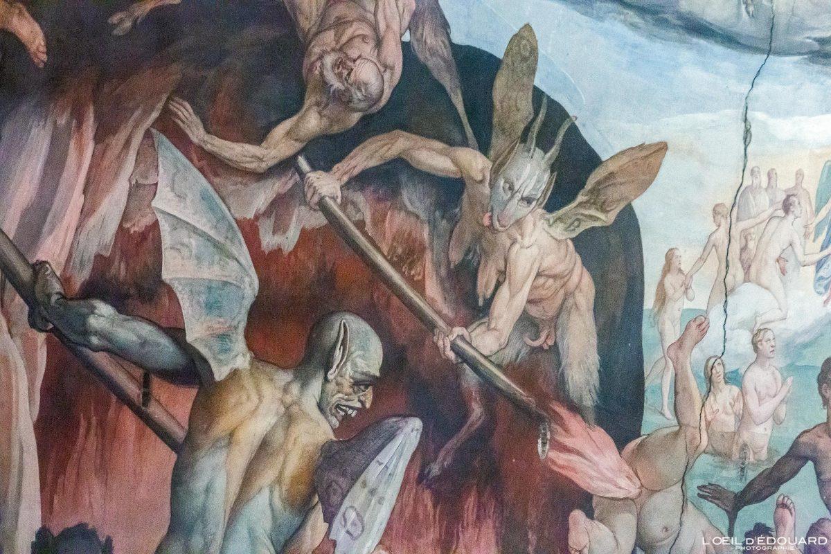 """""""Le Jugement Dernier"""" Fresque Vasari intérieur Cathédrale de Florence Toscane Italie : coupole de Brunelleschi Peinture Renaissance - Affresco Cattedrale di Santa Maria del Fiore Duomo Firenze Toscana Italia Tuscany Italy Art painting Last Judgement hell demon"""