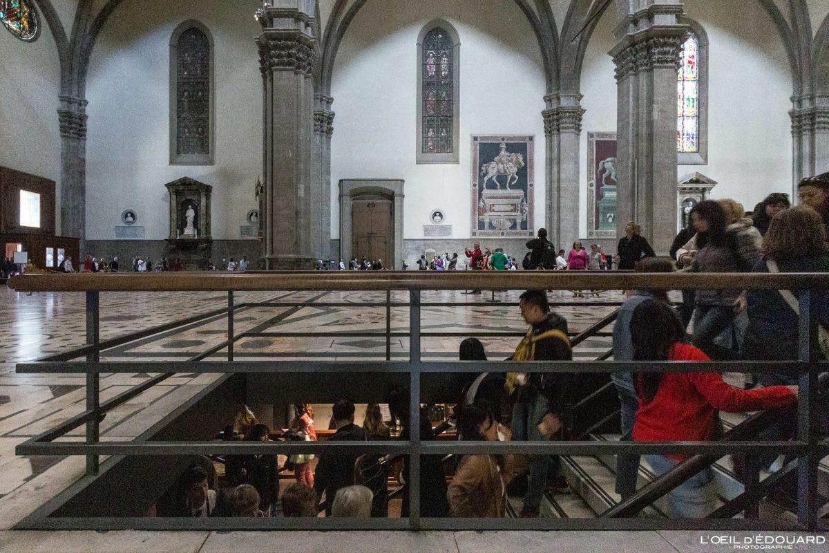Crypte Nef intérieur Cathédrale de Florence Toscane Italie - Cripta Cattedrale di Santa Maria del Fiore Duomo Firenze Toscana Italia Tuscany Italy church architecture