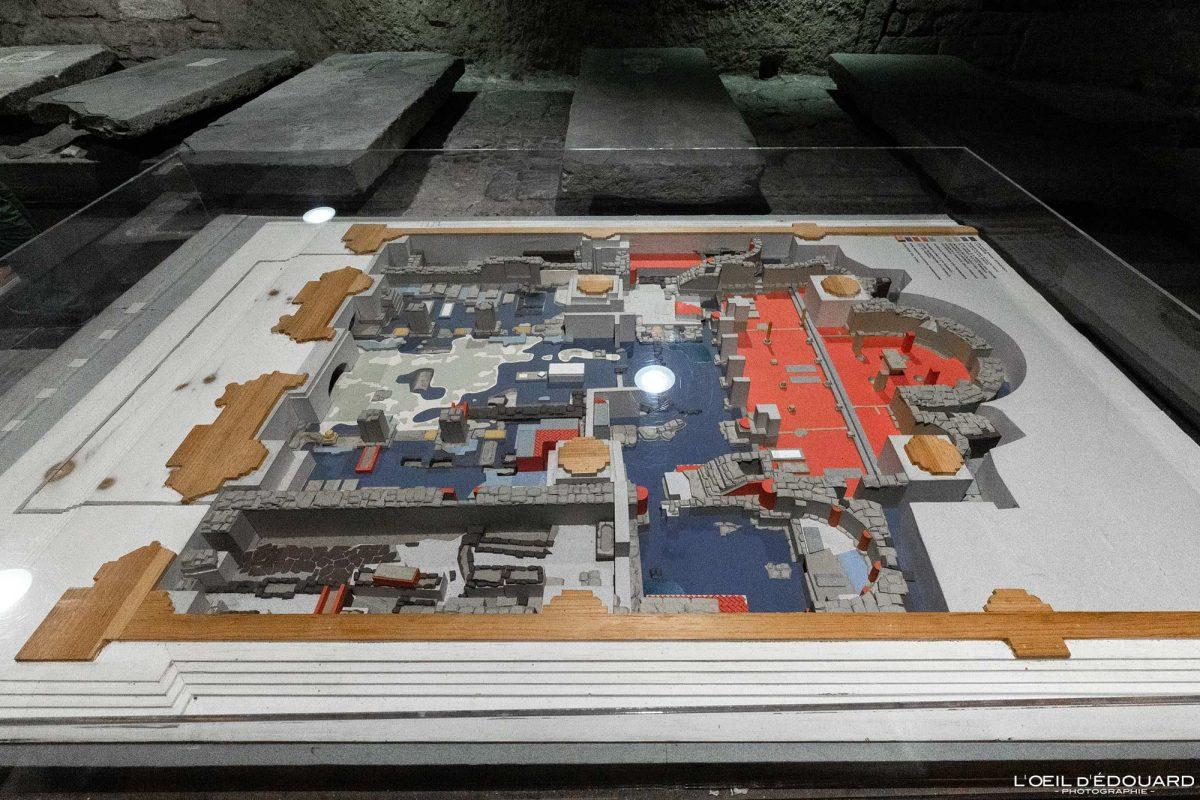 Plan Maquette Crypte Cathédrale de Florence Toscane Italie - Cripta Santa Reparata Cattedrale di Santa Maria del Fiore Duomo Firenze Toscana Italia Tuscany Italy church architecture map