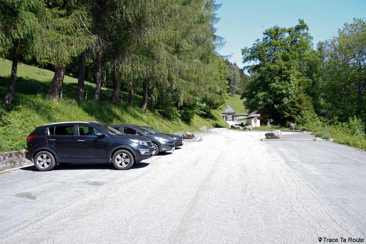 Parking Abbaye de Tamié - Massif des Bauges Savoie Alpes France