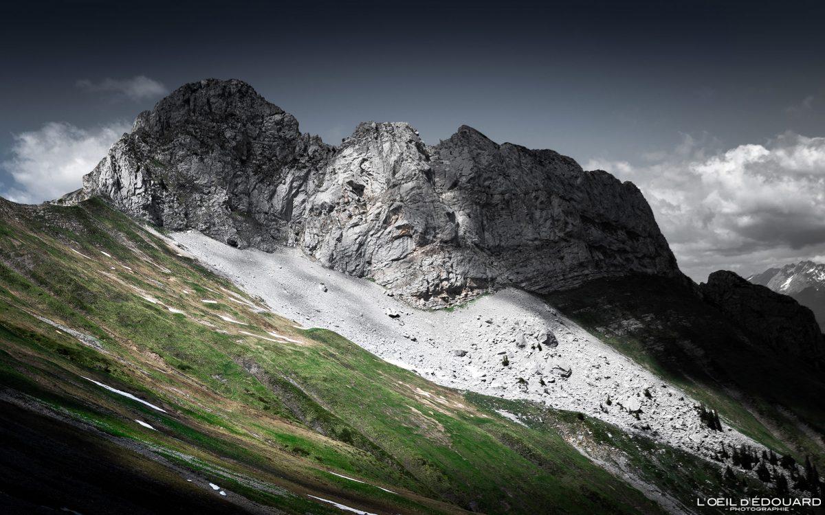 La Pointe de la Sambuy depuis le Col du Drison - Randonnée Massif des Bauges Savoie Alpes France Paysage Montagne - Mountain Landscape French Alps Outdoor Hike Hiking