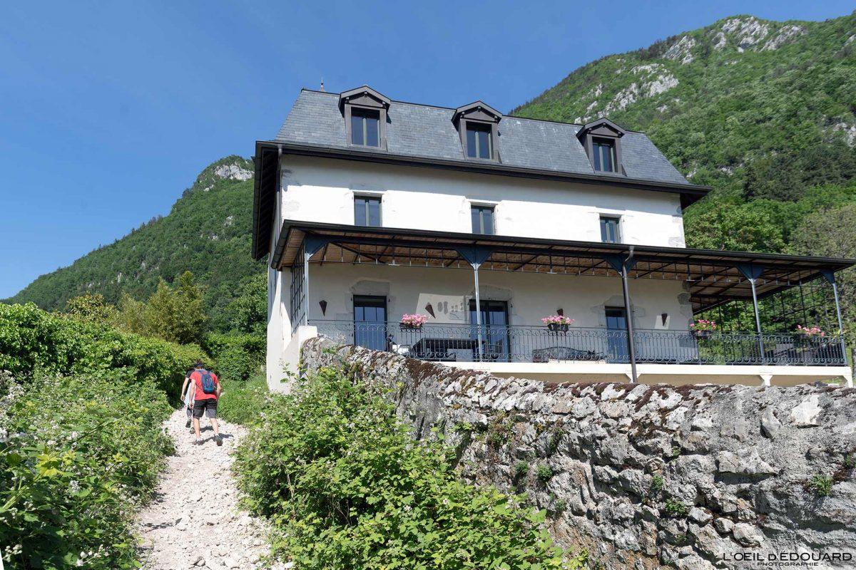 Chemin randonnée Mont Veyrier - Le Bois Jettaz Le Petit Port Annecy-le-vieux Haute-Savoie Alpes France
