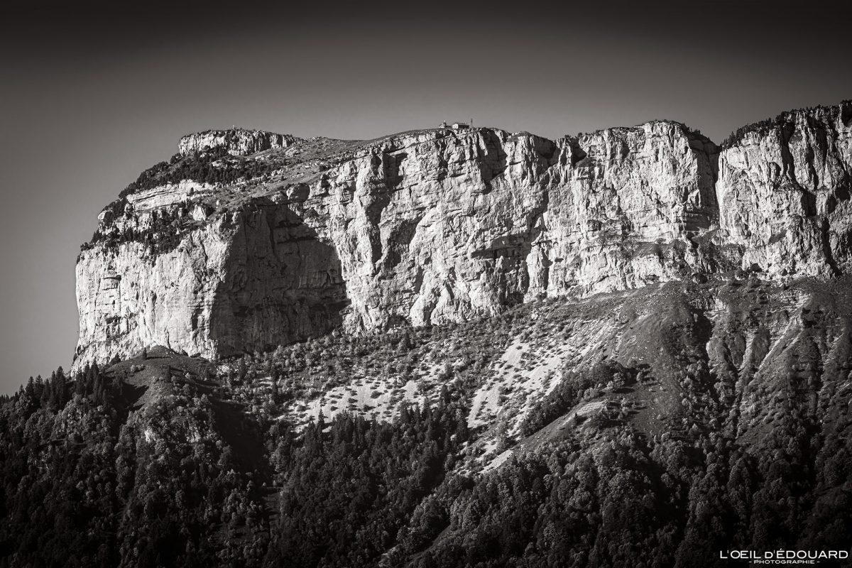 Le Parmelan, vue du sommet depuis le Mont Baron - Mont Veyrier Annecy Haute-Savoie Alpes France Paysage Montagne - Mountain Landscape French Alps Outdoor Hike Hiking view