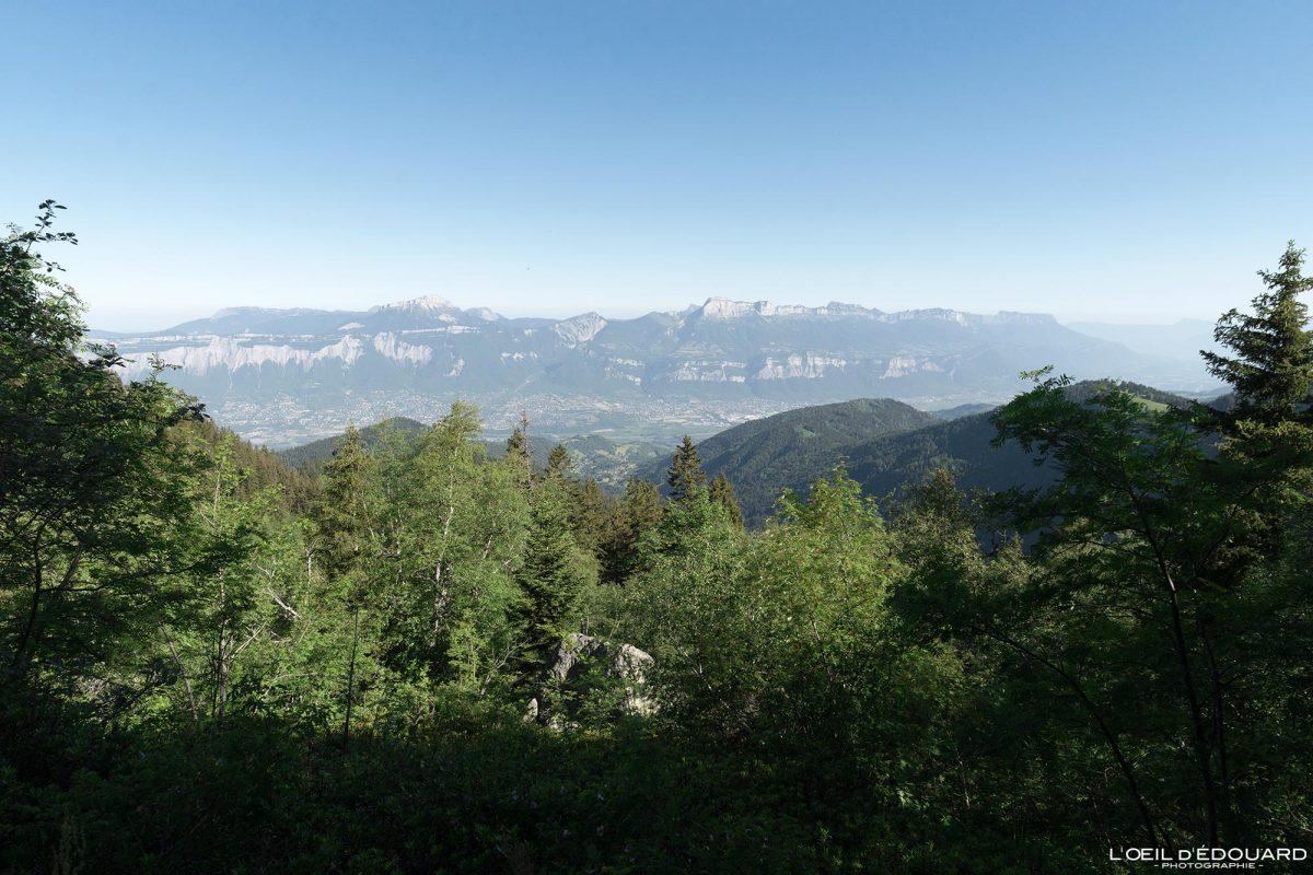 Vue sur le Massif de la Chartreuse - randonnée Lac du Crozet Belledonne Isère Alpes France Paysage Montagne Outdoor Mountain Landscape French Alps