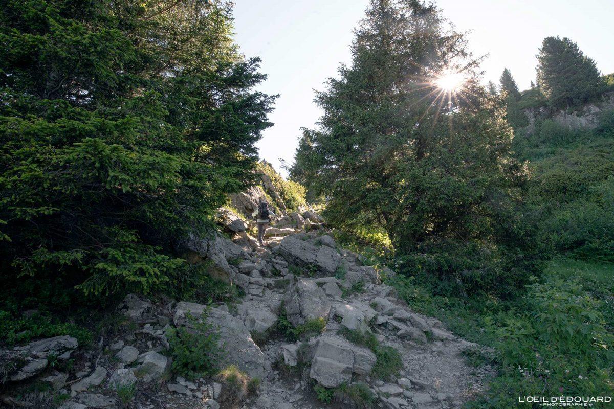 Sentier randonnée Lac du Crozet Belledonne Isère Alpes France Paysage Montagne Outdoor hike hiking French Alps Mountain Landscape