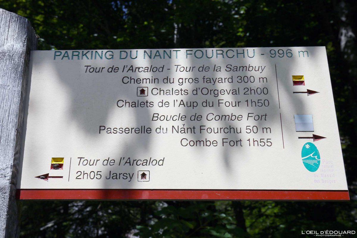 Parking du Nant Fourchu - Panneau Itinéraire randonnée Col d'Orgeval Massif des Bauges Savoie Alpes France Montagne - Mountain French Alps Outdoor Hike Hiking trail