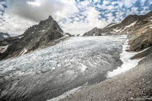Le Glacier Blanc Massif des Écrins Hautes-Alpes France Randonnée Montagne Paysage - Mountain Landscape French Alps Outdoor Hike Hiking