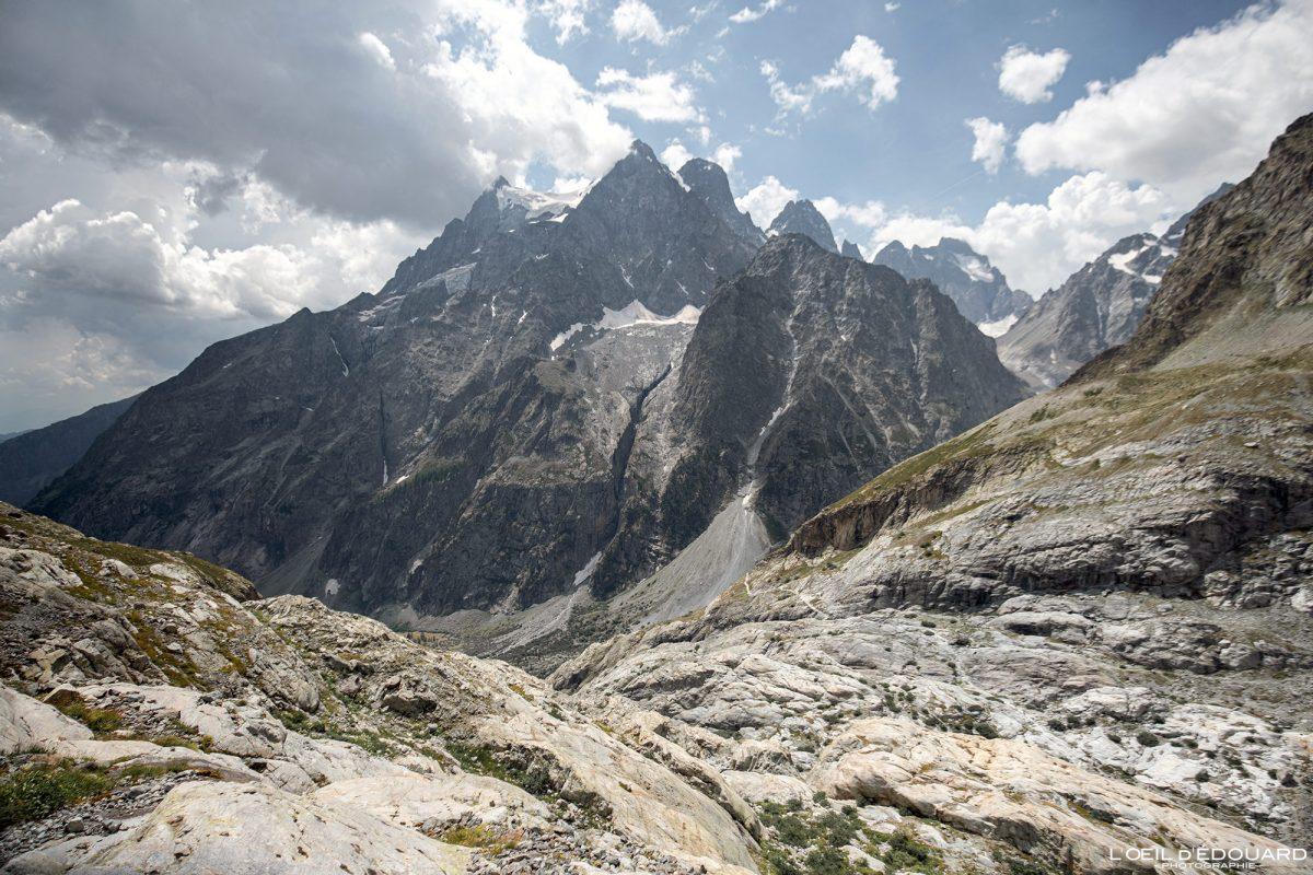 Mont Pelvoux Randonnée Refuge du Glacier Blanc Massif des Écrins Hautes-Alpes France Montagne Paysage - Mountain Landscape French Alps Outdoor Hike Hiking