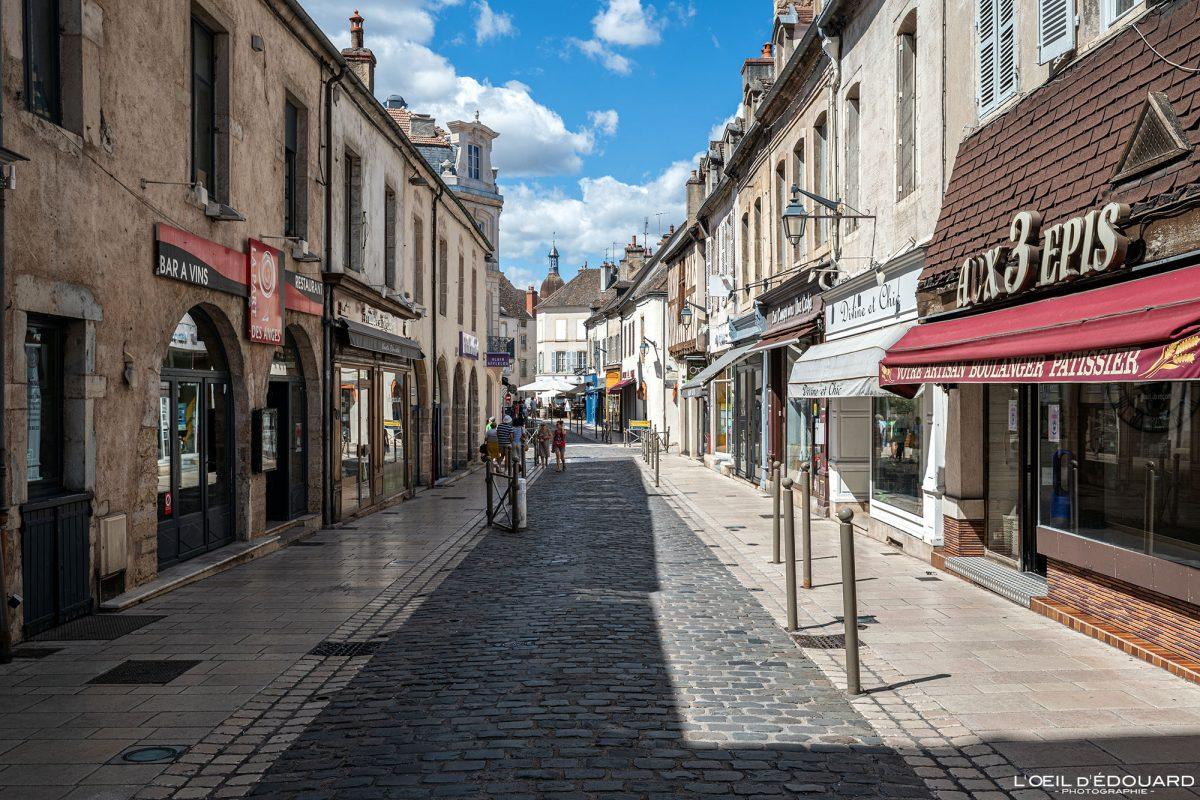 Rue d'Alsace Beaune Bourgogne France street
