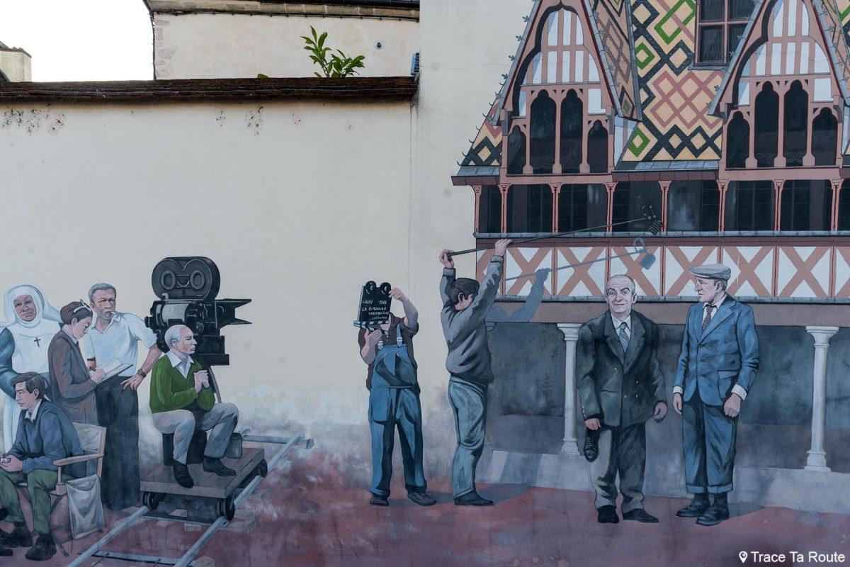 Peinture murale Louis de Funès Bourvil Fresque La Grande Vadrouille Beaune Bourgogne France Art Painting