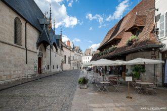 Rue de l'Hôtel-Dieu Beaune Bourgogne France Architecture