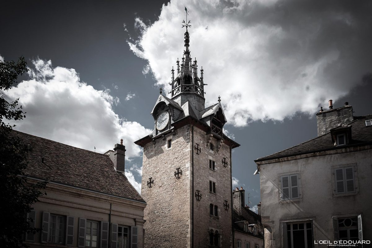 Clocher Beffroi Beaune Bourgogne France clock tower