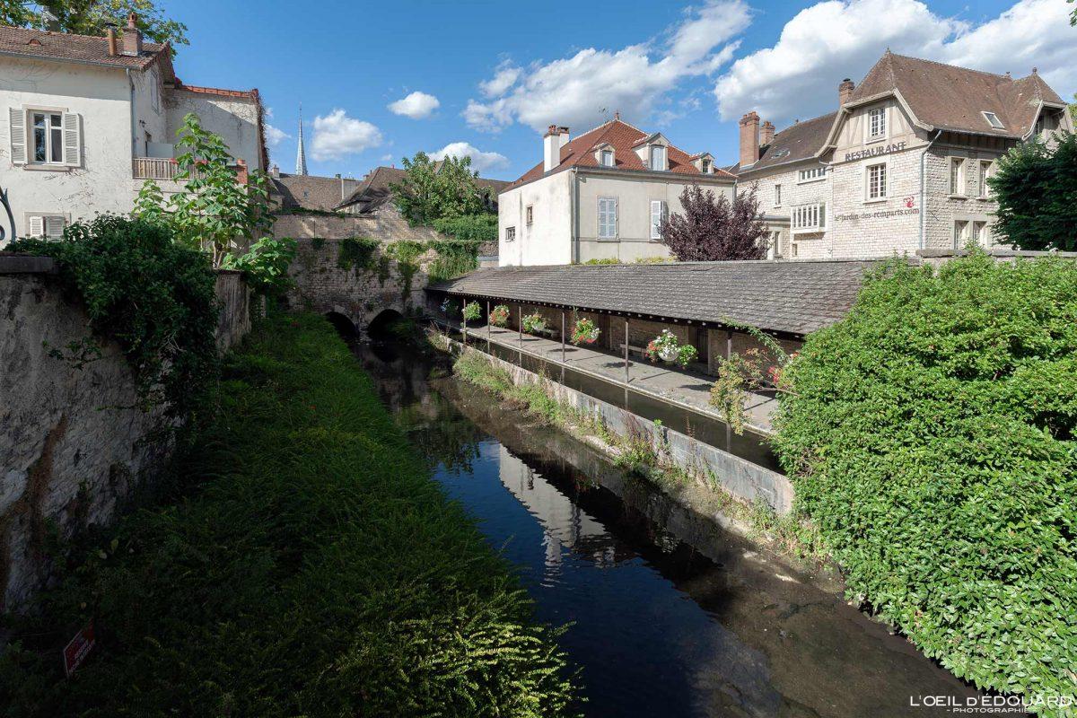 Ancien Lavoir de la Bouzaize Beaune Bourgogne France river