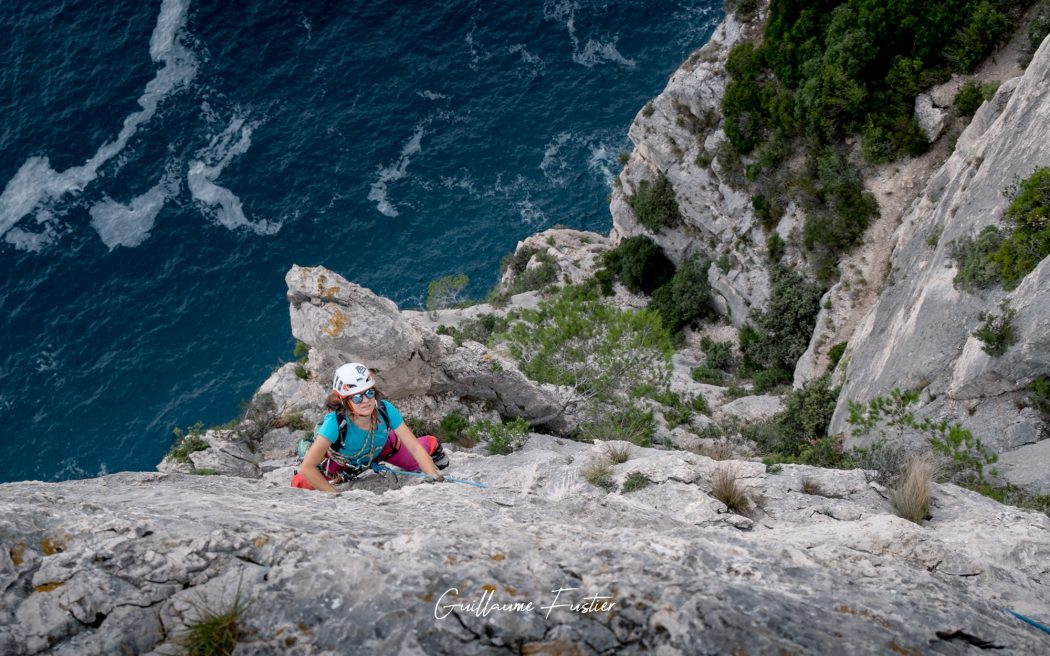 Escalade dans les Calanques : Calanque d'En-Vau, Cassis Bouches-du-Rhône Provence-Alpes-Côte d'Azur France - Rock Climbing Outdoor