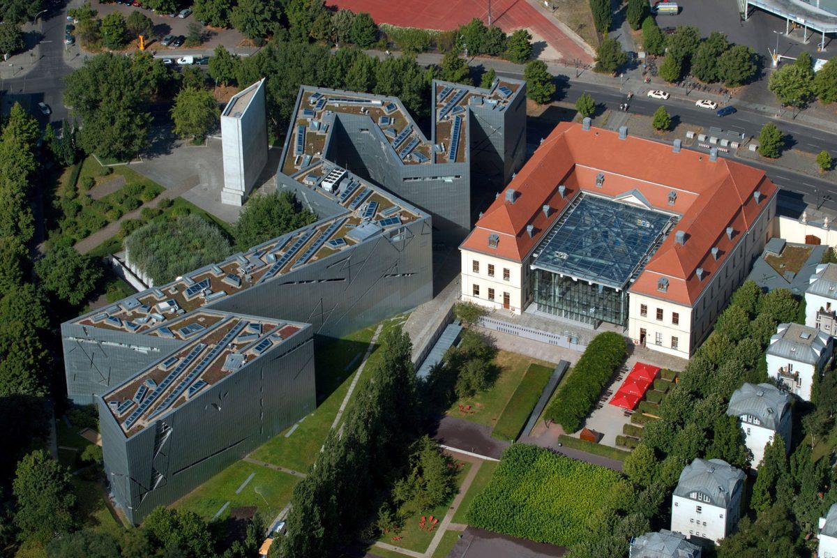 Vue aérienne Musée Juif de Berlin Allemagne - aerial view Jüdisches Museum Deutschland Germany Jewish Museum Architecture Daniel Libeskind © Günther Schneider