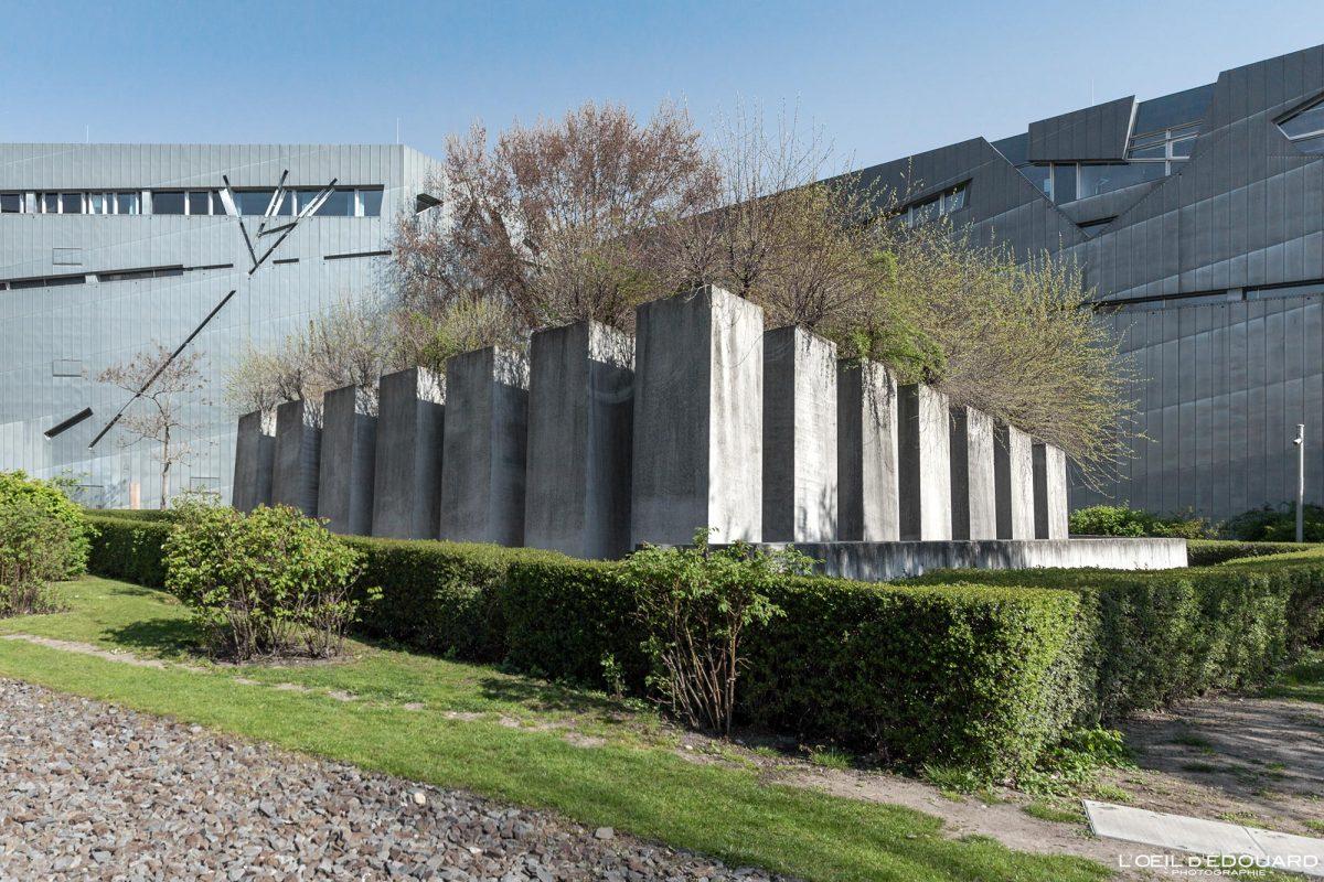 Le Jardin de l'Exil Musée Juif de Berlin Allemagne - Garten des Exiles Jüdisches Museum Deutschland Germany Garden of Exile Jewish Museum Architecture Daniel Libeskind