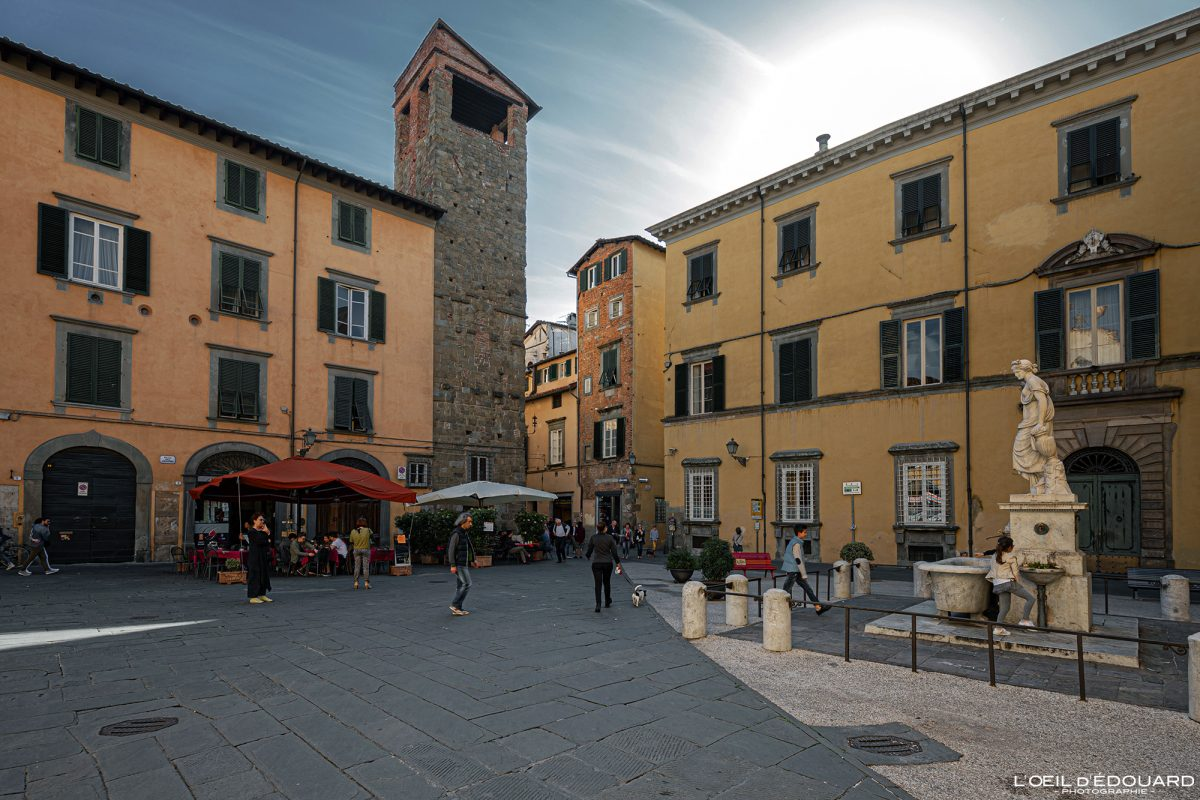 Place Lucques Toscane Italie Voyage Tourisme - Piazza del Salvatore Lucca Toscana Italia Travel Italy Tuscany