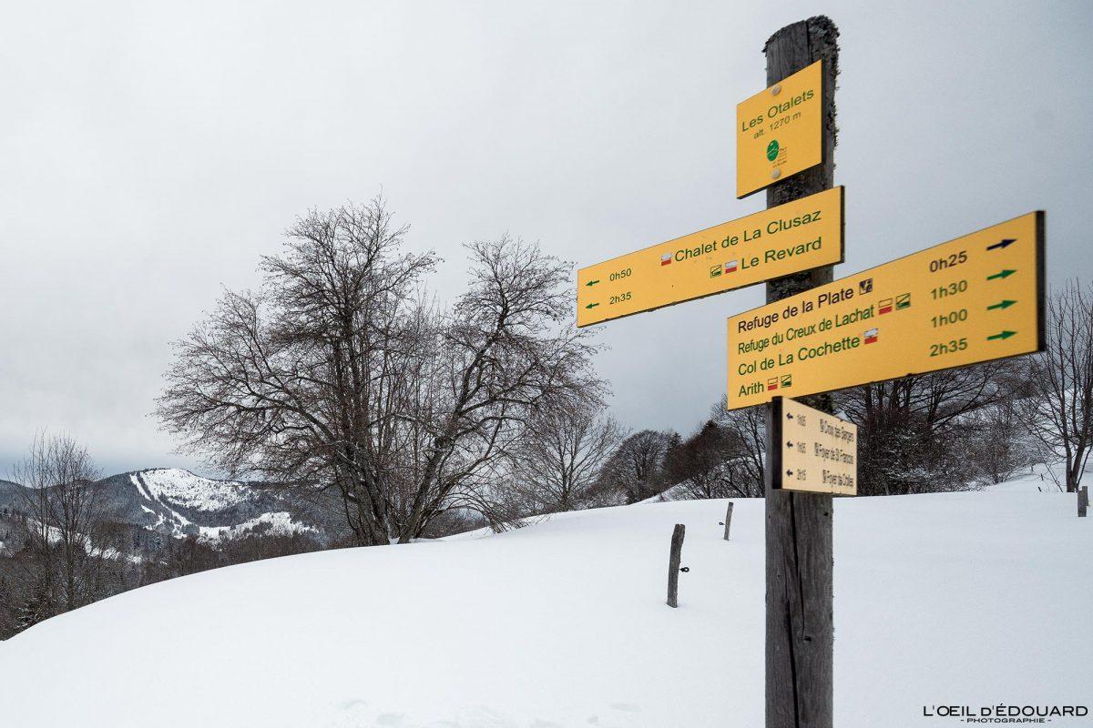 Les Otalets Itinéraire Randonnée Raquettes Le Revard Massif des Bauges Savoie Alpes Montagne Hiver Neige France Outdoor French Alps Mountain Winter Snow