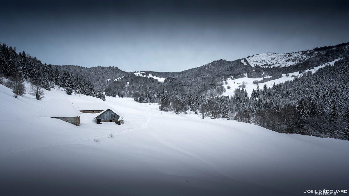 Chalets Mermet Randonnée Raquettes Le Revard Massif des Bauges Savoie Alpes Paysage Montagne Hiver Neige France Outdoor French Alps Mountain Landscape Winter Snow