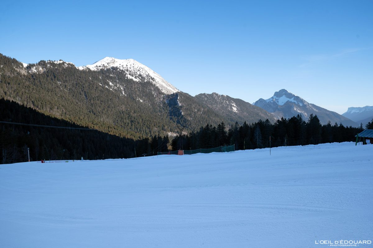 Le Charmant Som au départ de la station de Ski Nordique Col de Porte Massif de la Chartreuse Isère Alpes Paysage Montagne Hiver Neige France Outdoor French Alps Mountain Landscape Winter Snow