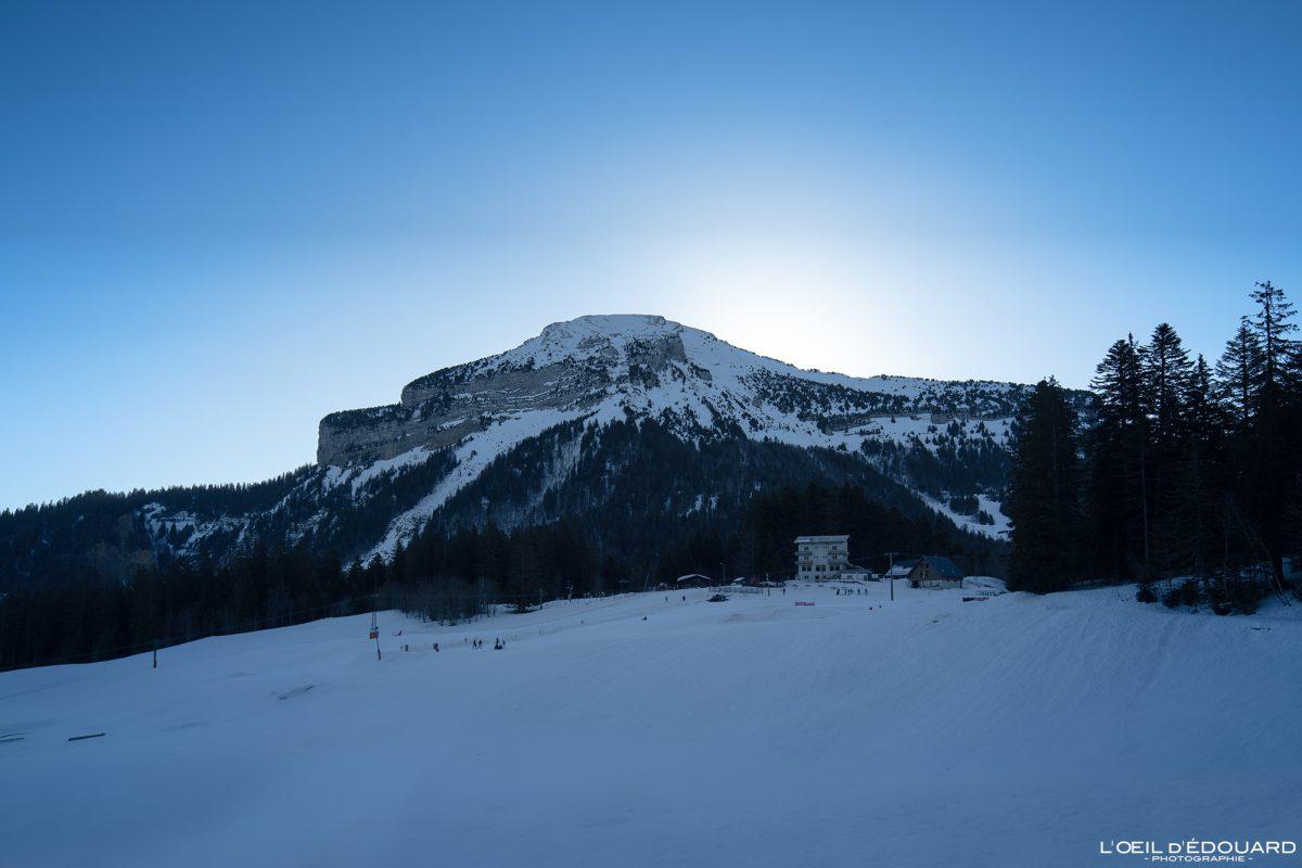 Chamechaude le matin depuis la station de Ski Nordique Col de Porte Massif de la Chartreuse Isère Alpes Paysage Montagne Hiver Neige France Outdoor French Alps Mountain Landscape Winter Snow