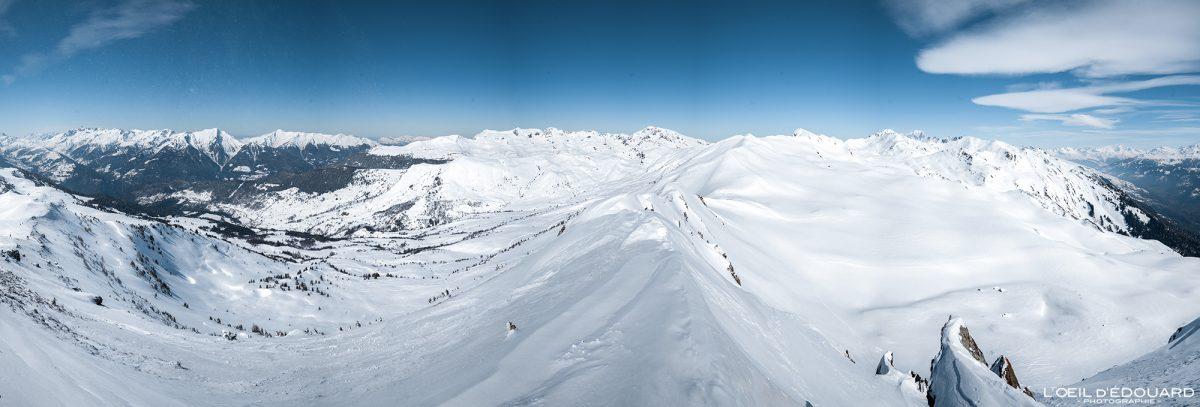 Vue au sommet Le Quermoz Massif du Beaufortain Savoie Alpes France Paysage Montagne Ski de randonnée Hiver Neige Outdoor French Alps Mountain Landscape Winter Snow Ski touring