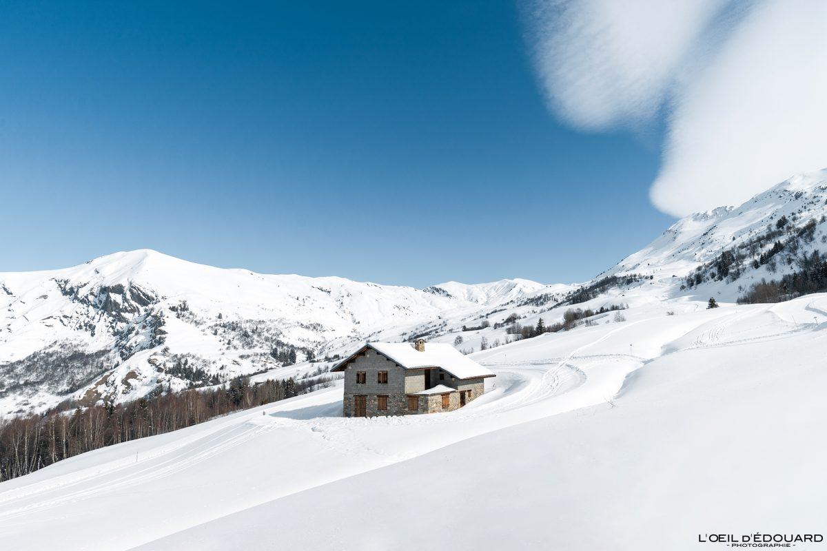 Maison Chalet Le Grand Plan Les Terreaux Domaine Ski Nordique Grand Naves Massif du Beaufortain Savoie Alpes Paysage Montagne Hiver Neige France Outdoor French Alps Mountain Landscape House Winter Snow