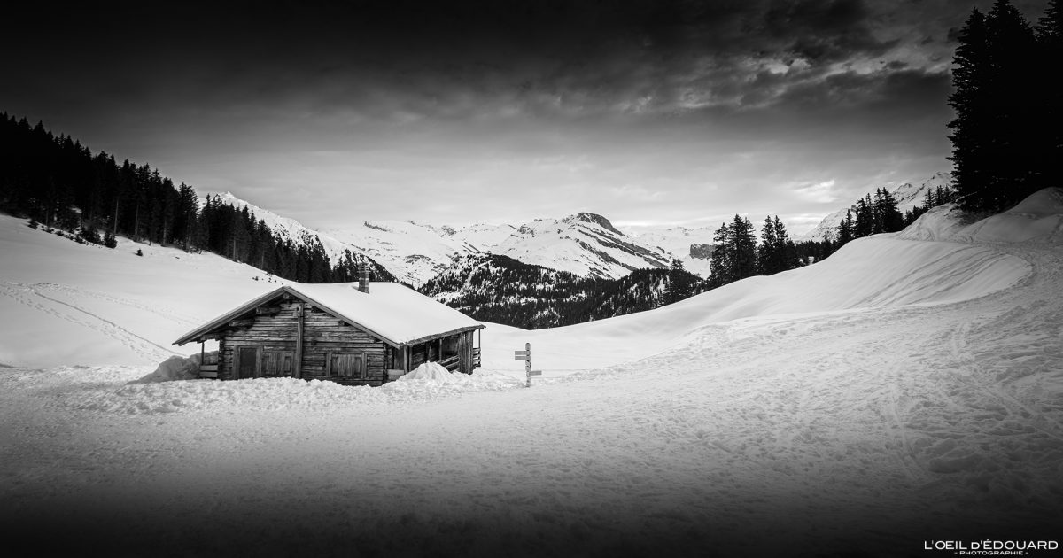 Raquettes Col du Pré Massif du Beaufortain Savoie Alpes Paysage Montagne Hiver Neige France Outdoor French Alps Mountain Landscape Winter Snow