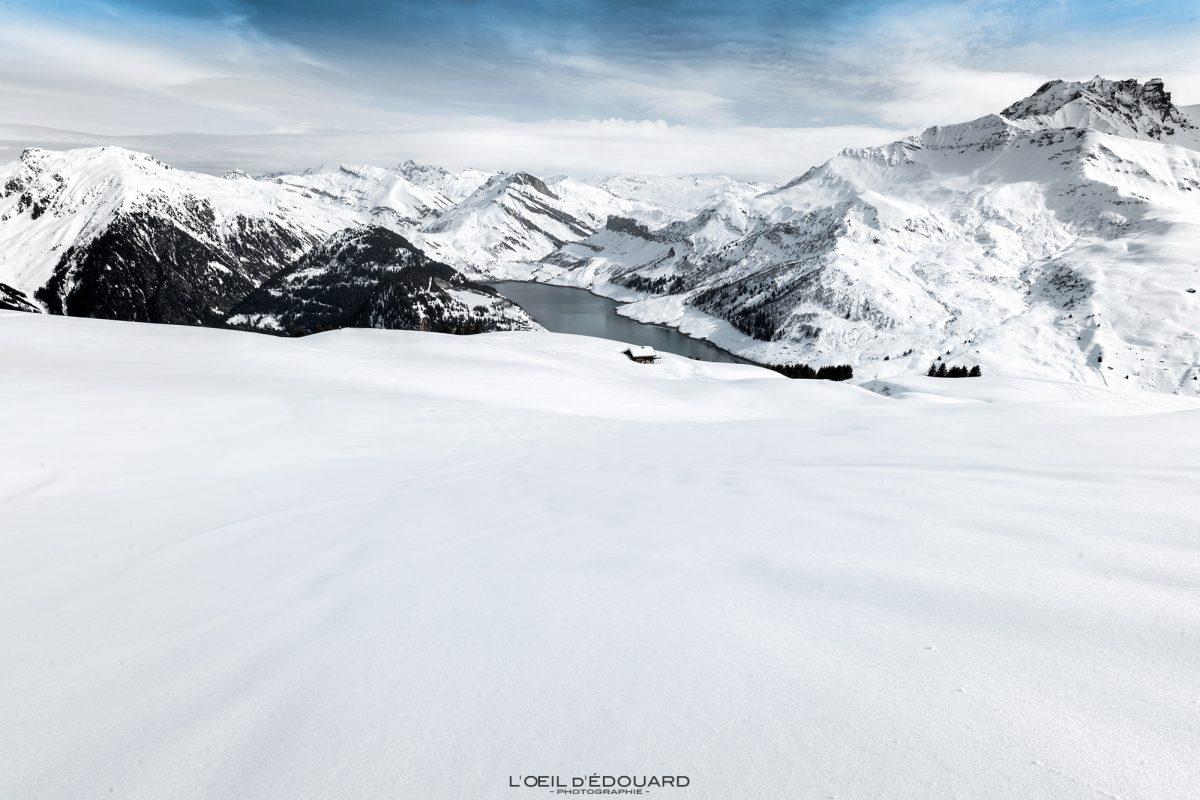 Lac de Roselend en Hiver depuis la Roche Parstire Ski de randonnée Massif du Beaufortain Savoie Alpes Paysage Montagne Neige France Outdoor French Alps Mountain Landscape Winter Snow Ski touring