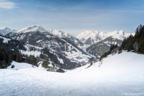 Col du Pré en Raquettes Massif du Beaufortain Savoie Alpes Paysage Montagne Hiver Neige France Outdoor French Alps Mountain Landscape Winter Snow