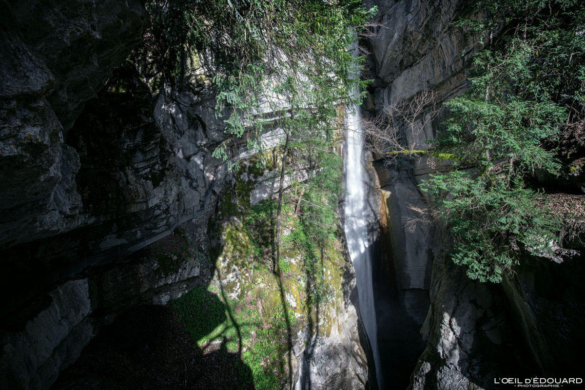 Cascade d'Angon Haute-Savoie Alpes Randonnée Lac d'Annecy Montagne Paysage France Outdoor French Alps Mountain Landscape Waterfall