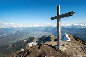 Croix sommet Le Môle Massif du Chablais Haute-Savoie Alpes France Randonnée Montagne Paysage Outdoor French Alps Cross summit Mountain Landscape Hike Hiking