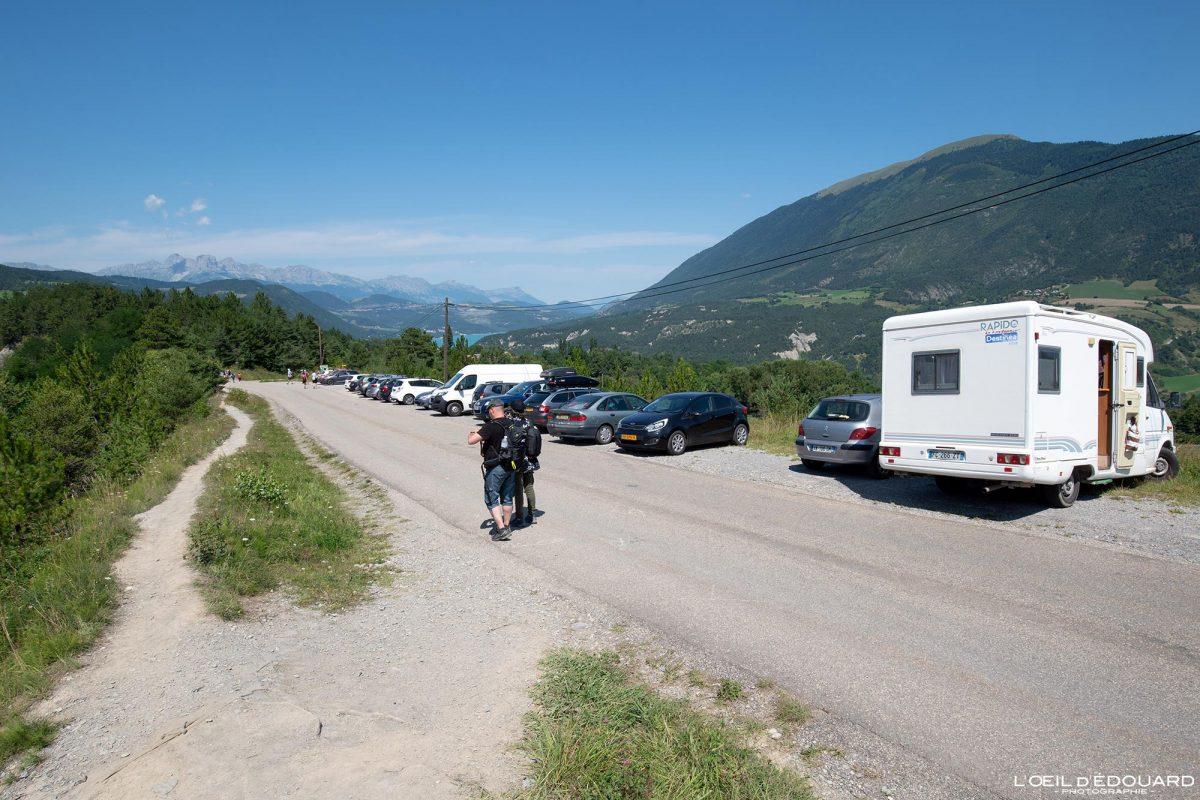 Villarnet Parking Randonnée Lac de Monteynard Avignonet Trièves Isère Alpes France Paysage Montagne Outdoor French Alps Mountain Landscape